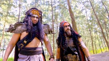 Watch Kaakkum Deivam Kali Full Episodes Online for Free on