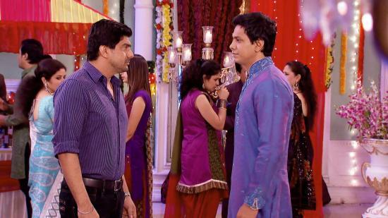 Watch Parichay Episode 336 - 21 Nov 2012 Online for Free on